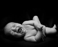 baby pianto